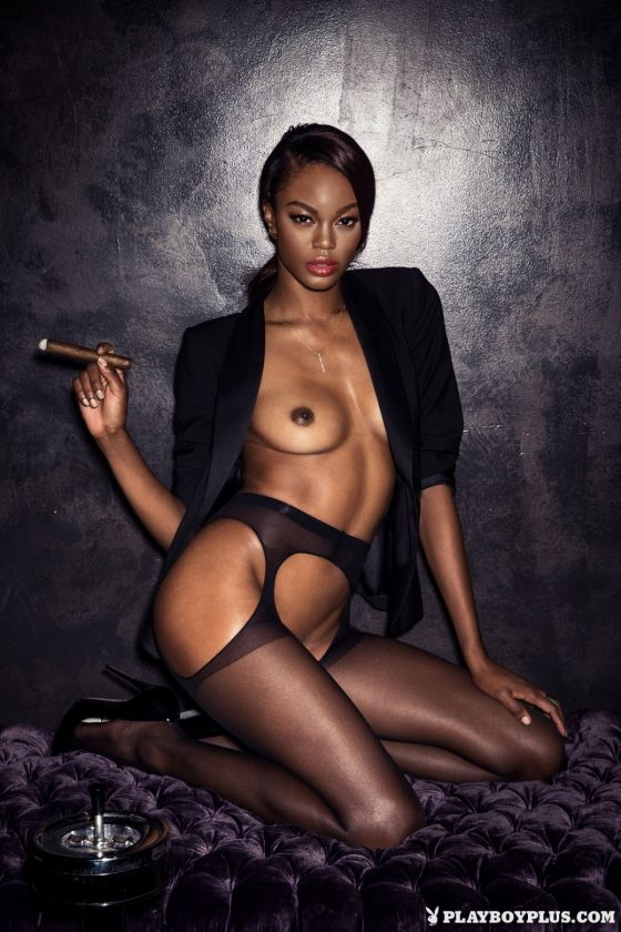 Eugena Washington Nude In Oasis Playboy Model Pics